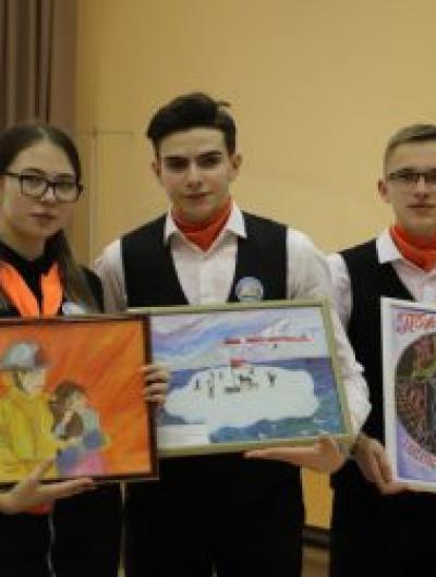 rabota-sotrudnikov-mchs-rossii-i-voprosy-bezopasnosti-v-tvorchestve-orlovskih-detey_1614779607372805188__800x800